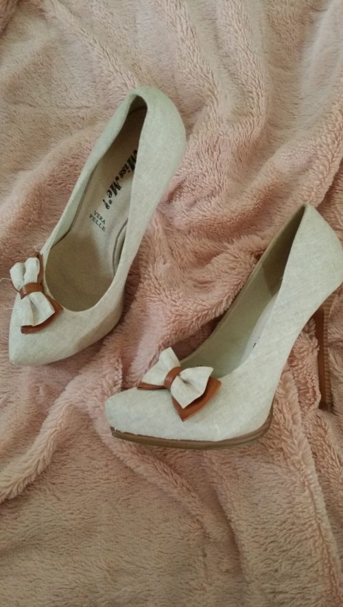 pumps beige strik