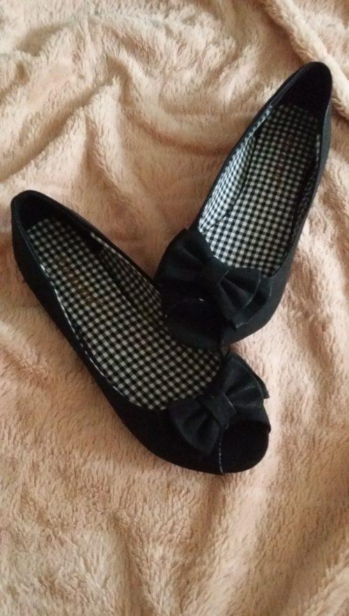 zwarte ballerina's met strikje