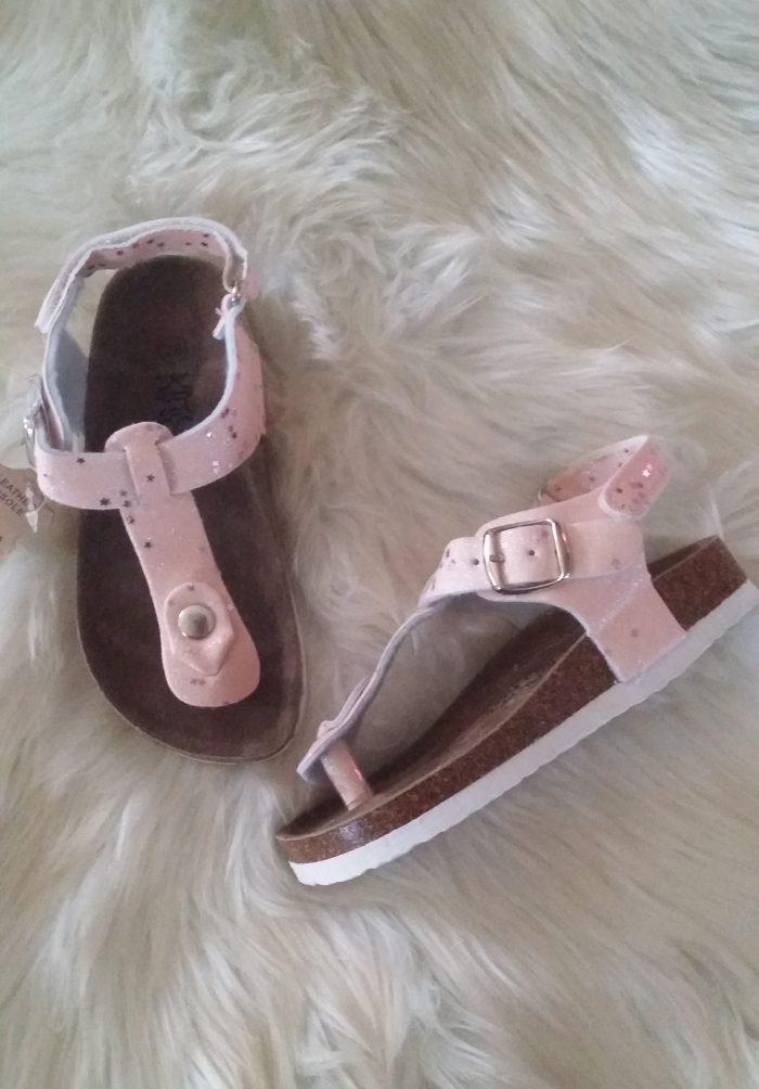 sandalen roze star Leuke sandalen van prima kwaliteit Vallen mooi op maat Alleen nog in roze - BETAAL VEILIG MET IDEAL - OPHALEN MOGELIJK