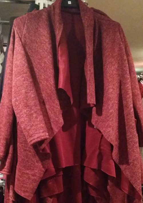 vest perfect bordeaux Trendy vest van mooie kwaliteit met bedrukte applicatie op de achterkant Bordeaux rood Materiaal: 95% polyester 5% elasthan - GRATIS VERZENDING - BETAAL VEILIG MET IDEAL - OPHALEN MOGELIJK artikelnummer mv1135