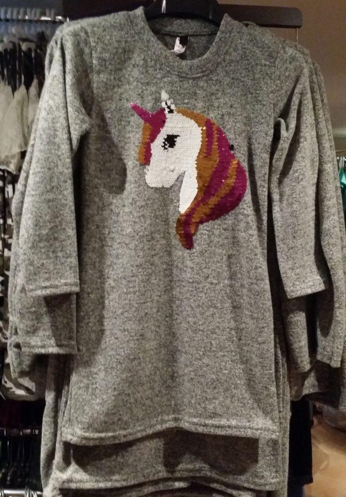 jurk grijs unicorn met omkeerbare pailletten Mooi wollig jurkje met applicatie van een eenhoorn met toverpailletten - GRATIS VERZENDING - BETAAL VEILIG MET IDEAL - OPHALEN MOGELIJK  nr.mj2454