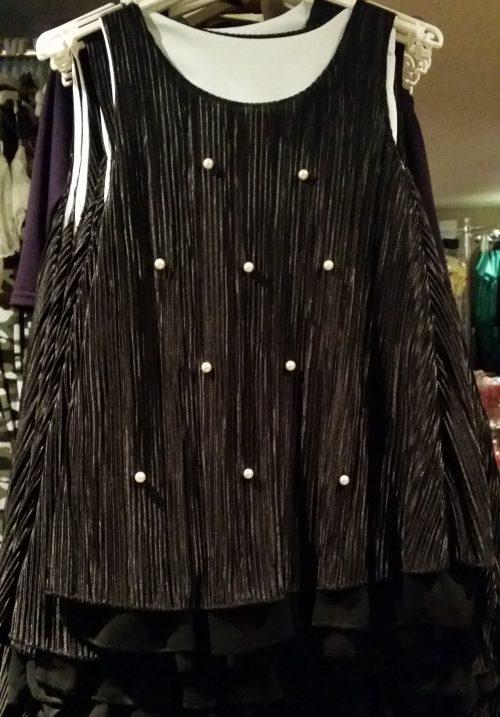 jurk met parels Mooi jurkje in zwart met pareltjes aan de voorkant - GRATIS VERZENDING - BETAAL VEILIG MET IDEAL - OPHALEN MOGELIJK nr.mj2505