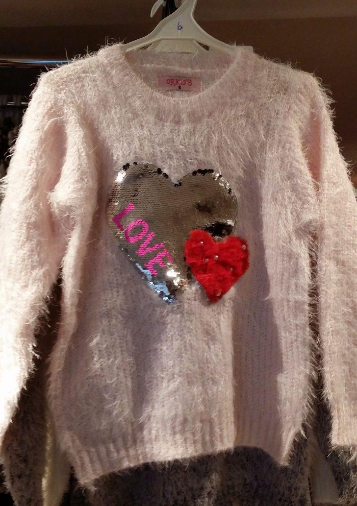 fluffy trui roze met omkeerbare pailletten Mooie warme trui met toverpailletten en imitatiebont Materaal: 35% katoen 65% polyester - GRATIS VERZENDING - BETAAL VEILIG MET IDEAL - OPHALEN MOGELIJK ms2027