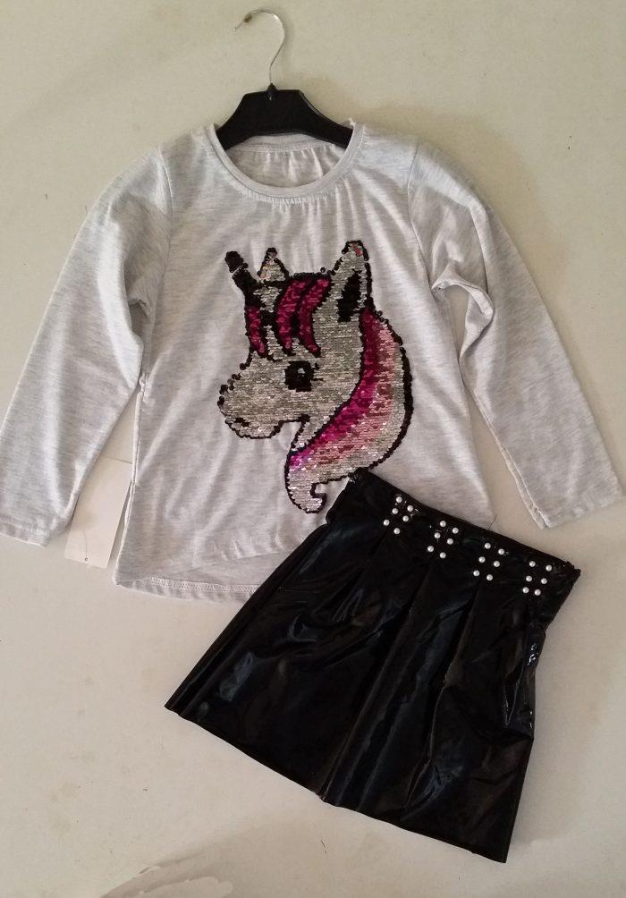 rok met shirt unicorn omkeerbare pailletten zwart rokje gecombineerd met een witte longsleeve Op het shirt zit een applicatie van een paard met toverpailletten Extra voordelige combinatie Ophalen mogelijk nr. mks1016