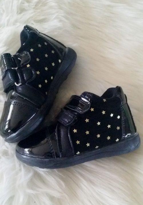 schoen lak star  Mooie kwaliteit schoenen met klittenband   Materiaal: lak Goede pasvorm Ophalen mogelijk nr.b1015