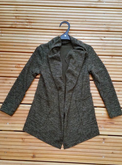 vest groen star perfect Trendy vest van mooie kwaliteit met bedrukte applicatie op de achterkant Legergroen Materiaal 95% polyester 5% elasthan - BETAAL VEILIG MET IDEAL - OPHALEN MOGELIJK