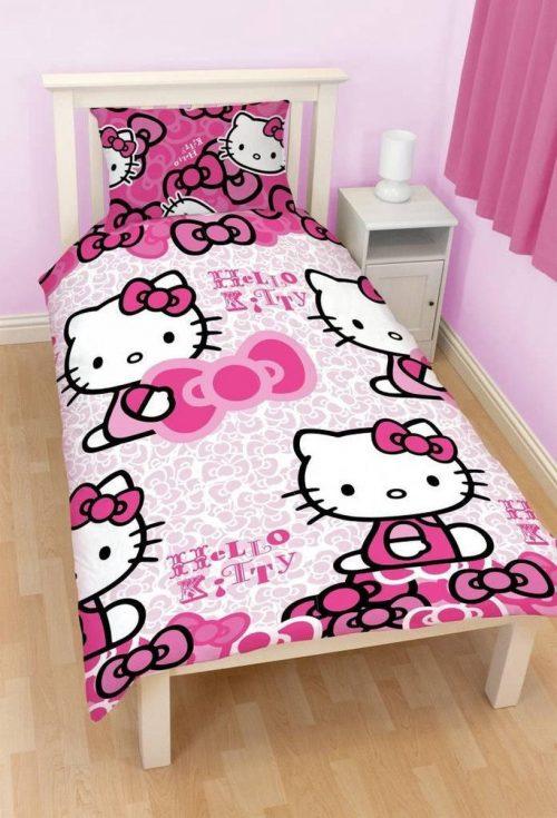 hello Kitty dekbedovertrek Dekbedovertrek van Hello Kitty Afmeting: 135 x 200 Kussensloop 48 x 74 100% Microfiber - BETAAL VEILIG MET IDEAL - OPHALEN MOGELIJK
