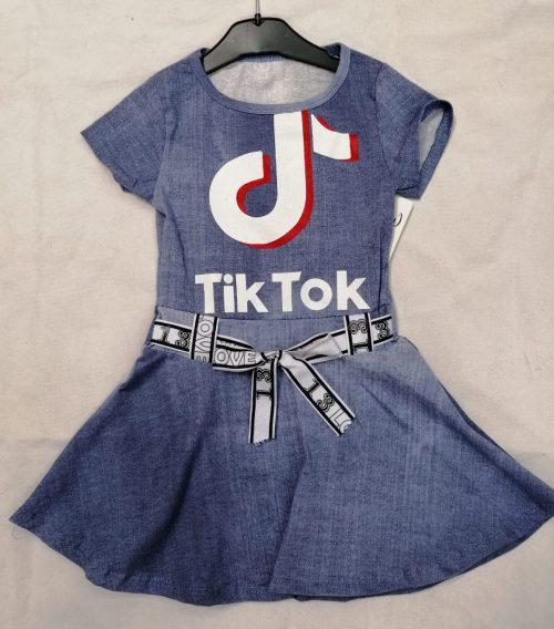 tik tok jurk denim look Leuk jurkje met zwierig rokje in denim blauw nr.041